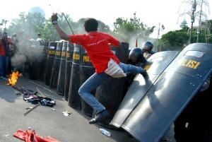 Demo mahasiswa di Jakarta, menolak rencana pemerintah menaikkan harga BBM