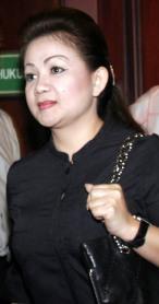 Arthalyta Suryani