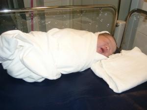 Albert Triana baru lahir, Kamis 31 Juli 2008