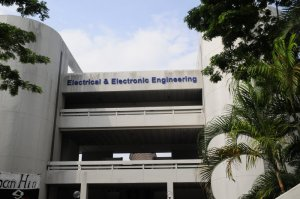 Kampus Electrical & Electronic Engineering di Nanyang Technological University