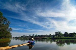 Danau Situ Gintung nan indah dan asri (foto:google earth)