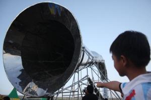 Terompet raksasa yang ditampilkan di Minahasa dalam pemecahan rekor dunia