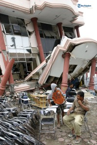 Gempa Sumatera Barat, 30 September 2009