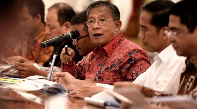 PAKET KEBIJAKAN EKONOMI XII: Jokowi Pangkas 45 Prosedur dan 3 Jenis Perizinan